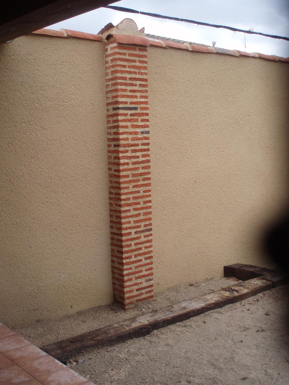 Pilar de ladrillo